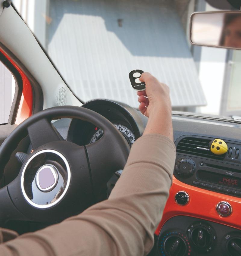 Automazioni e motori per porte da garage | TAGEDIL